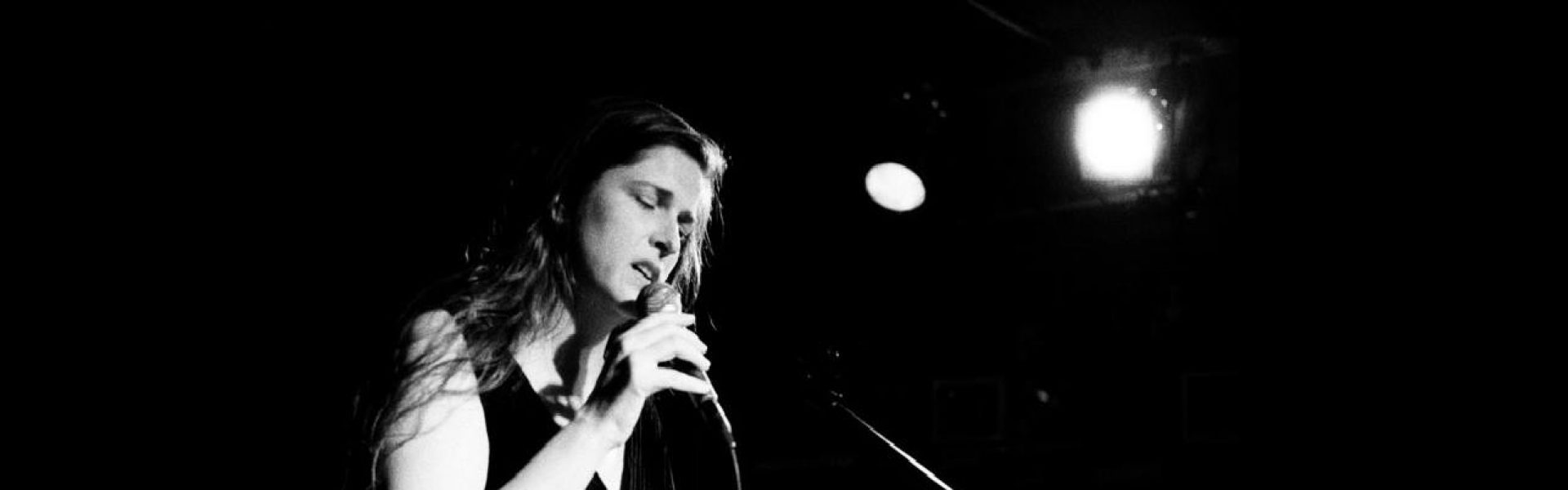 Singing Lessons in NYC with Eleonor England (Online Voice Lessons too!)